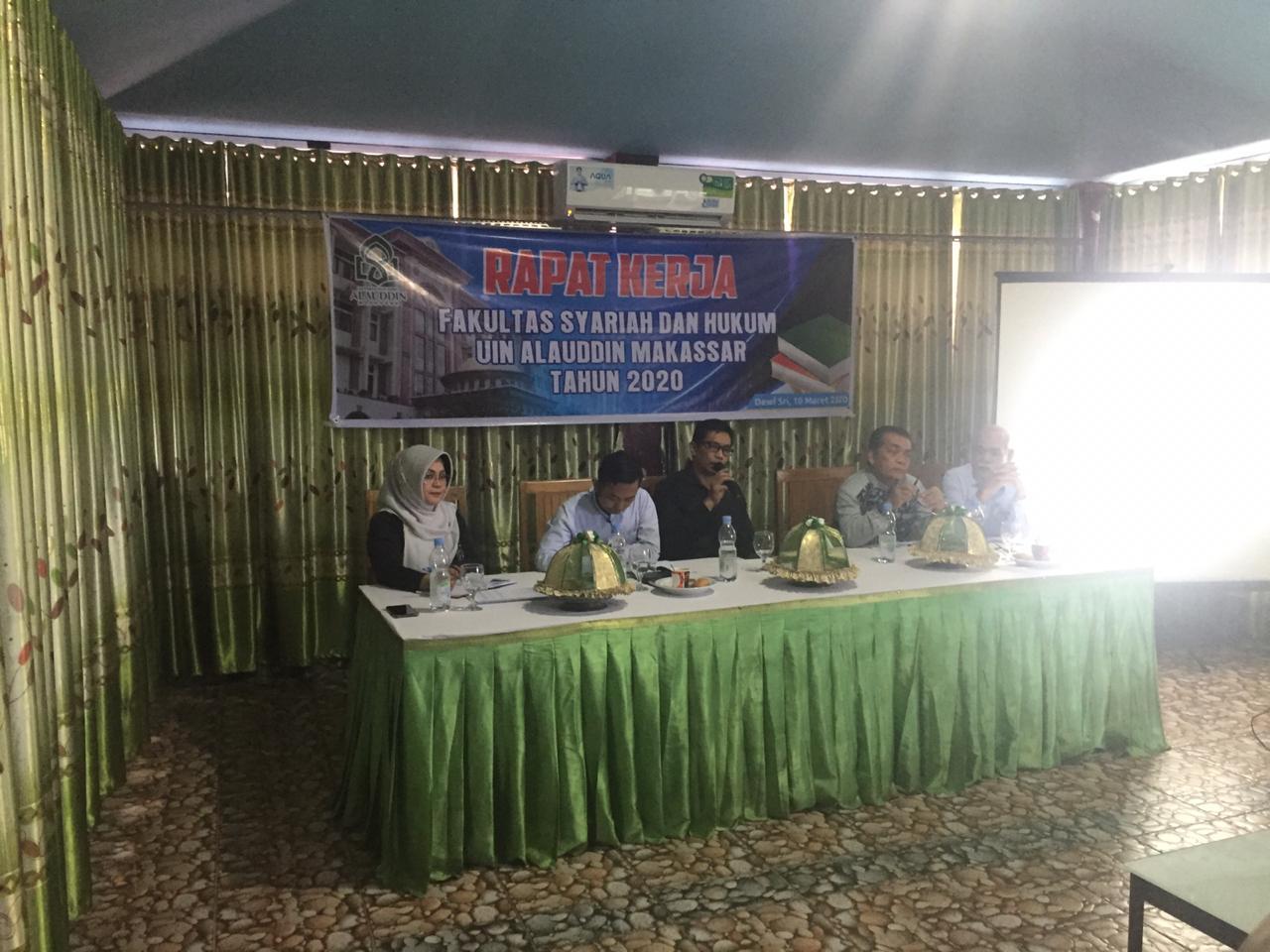 Fakultas Syariah dan Hukum Gelar Rapat Kerja Tahun 2020