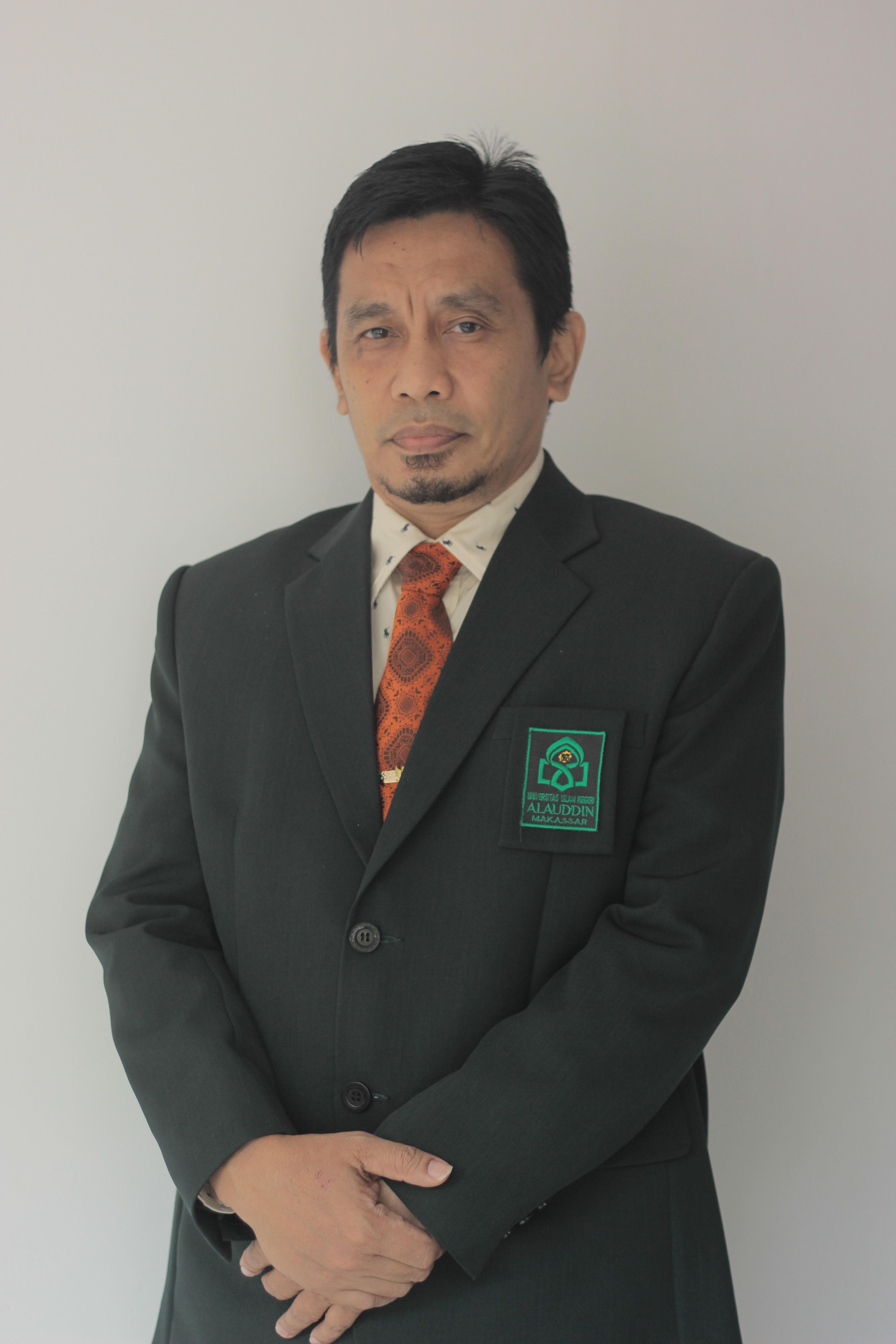 Dr. H. Muammar Muhammad Bakry, Lc., M.Ag